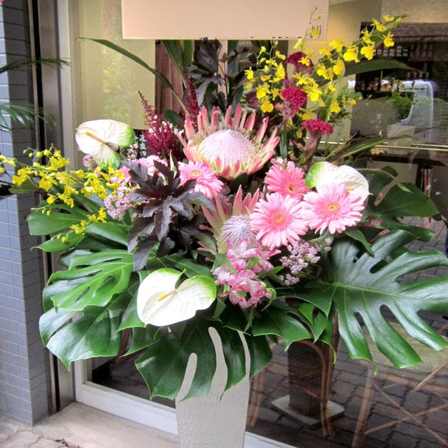開店祝いスタンド花 お祝いスタンド花 スタンド花・グリーンフラッシュ 二子玉川の花屋 ネイティブフラワーイーダ