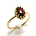 天然石ガーネット・指輪ハンマードリング(カボションオーバル・8×6mm)(真鍮ブラス・ゴールドカラー)(1個)