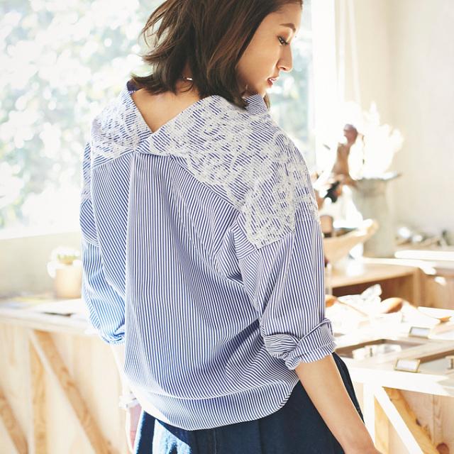 【Emboidery stripe V neck shirt】レディース  花刺繍 シャツ