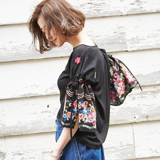 【Embroidery design tops】レディース  刺繍 ブラウス