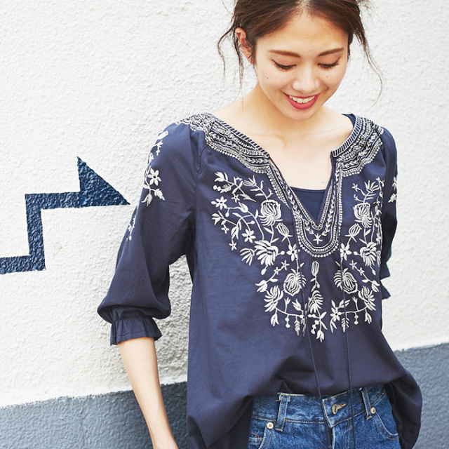 【Embroidery blouse】刺繍  ブラウス