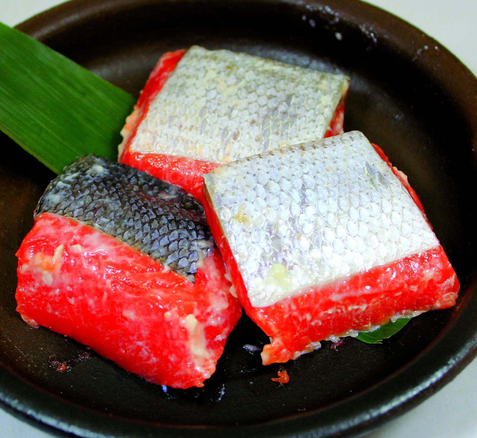 ひとくち紅鮭粕糀漬