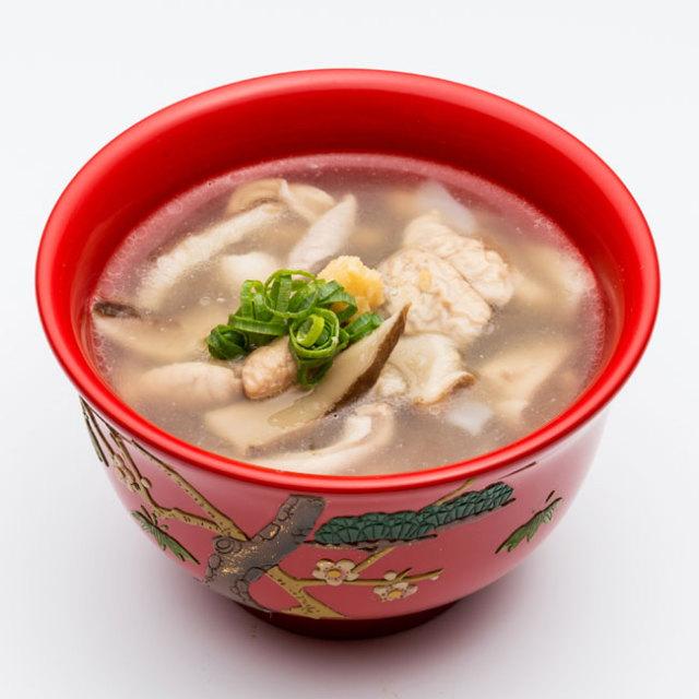 沖縄六角堂の中味汁