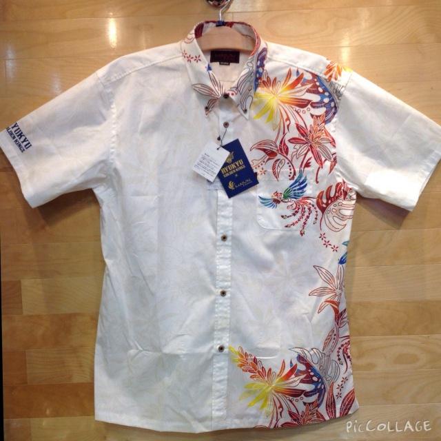 公式グッズ 琉球ゴールデンキングス かりゆしウェア/メンズ カラー:ホワイト×レッド 品番:17M0201BD