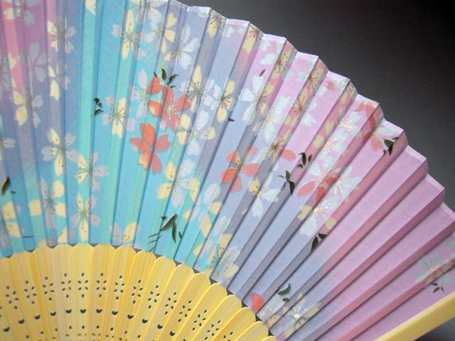シルク扇子 桜★日本のお土産に最適!英語説明書付き