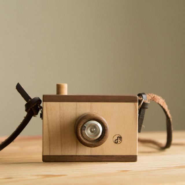 木製カメラチャック