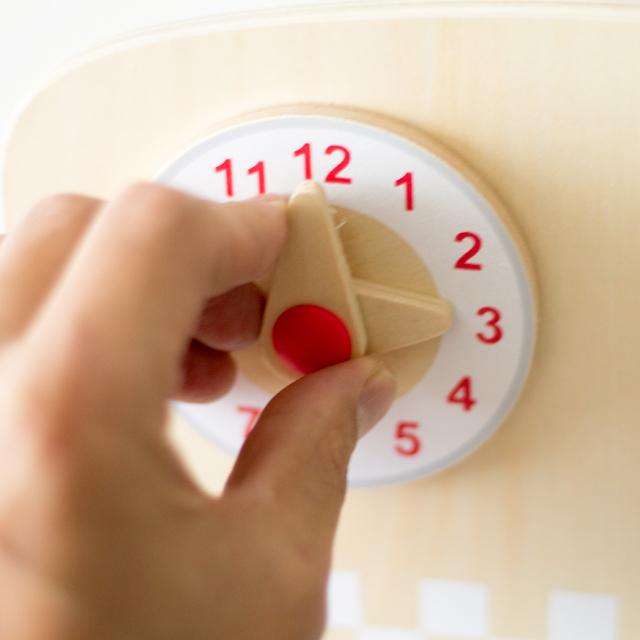 回せるキッチン時計