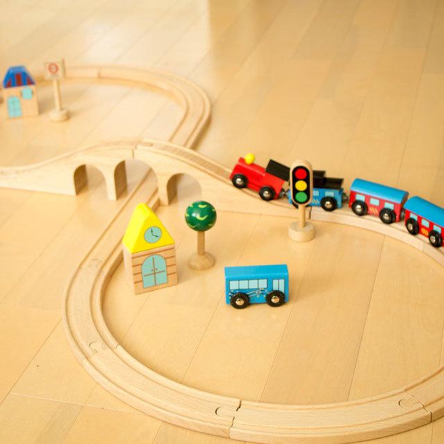 97931 汽車レールセット(スタンダード) 【Wooden toys ウッデントイズ】 木製汽車・レール 2歳~【出産祝い】【誕生日プレゼント】