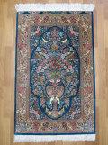 ペルシャ絨毯・シルク100%、玄関マットサイズ