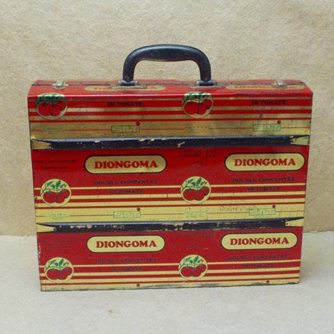 フランス ブロカント  'トマト缶' トランク (1960年代)