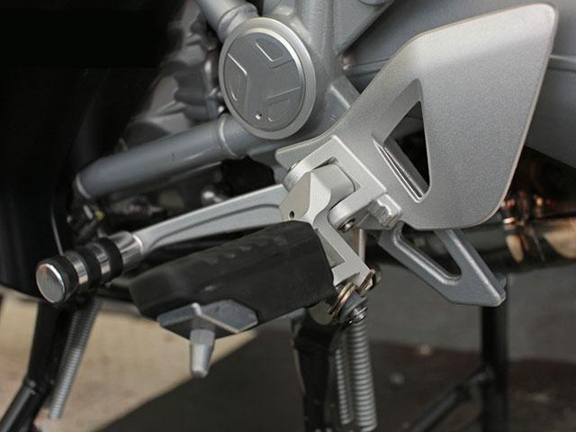 Wunderlich フットレストロワーニング(ライダー用) BMW R1200RT