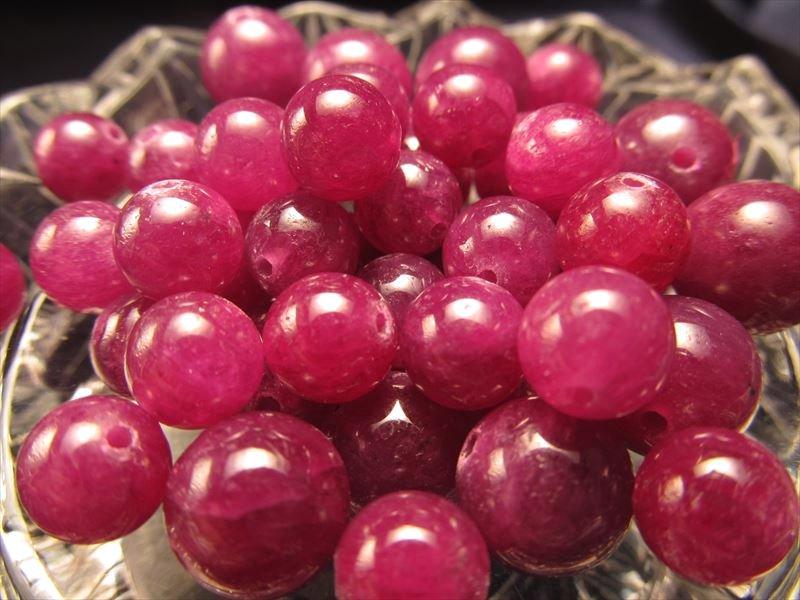 ◆数量限定バラ珠売り!◆深みのある濃い紅色◆宝石の女王◆1珠2100円◆ミャンマー産◆ルビー バラ珠売り◆紅玉◆8-8.5mm◆ 1珠売り◆
