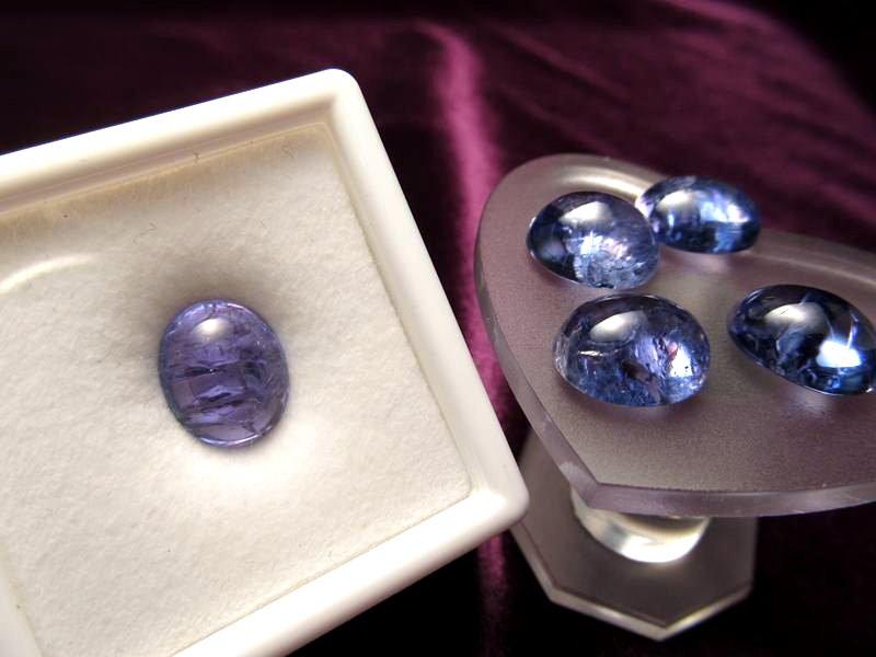 ◆5A・ジェムクォリティー◆1個7000円◆宝石質タンザナイト ルース【オーバルラウンド】◆サイズ:12×10mm 厚み6mm◆