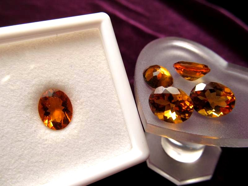 ◆5A・ジェムクォリティー◆1個1500円◆宝石質シトリン ルース【オーバルカット】◆サイズ:10×8mm 厚み5.5mm◆