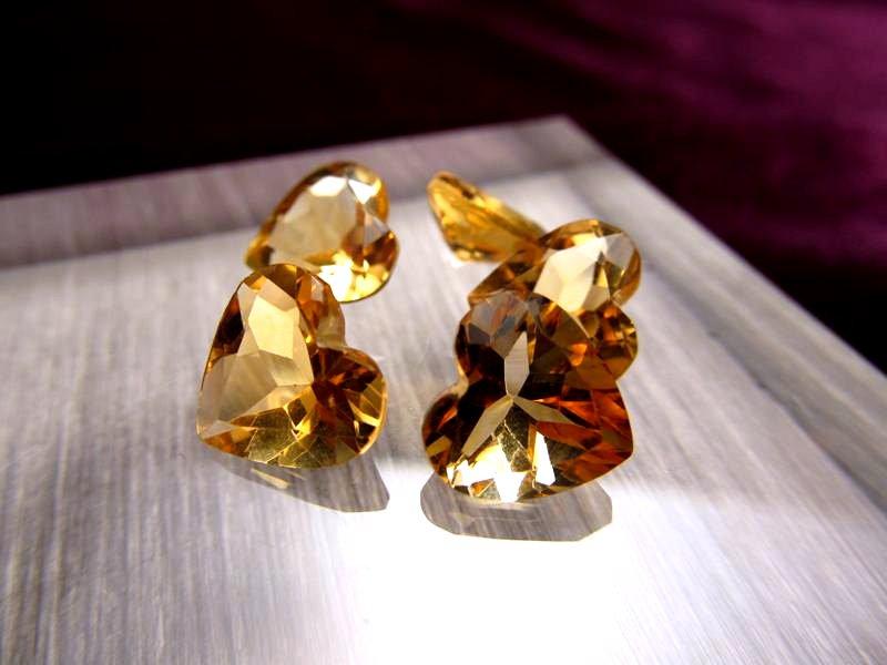 ◆5A・ジェムクォリティー◆5個6750円◆宝石質シトリン ルース【ハートカット】◆サイズ:9×9.7mm 厚み4.9mm◆