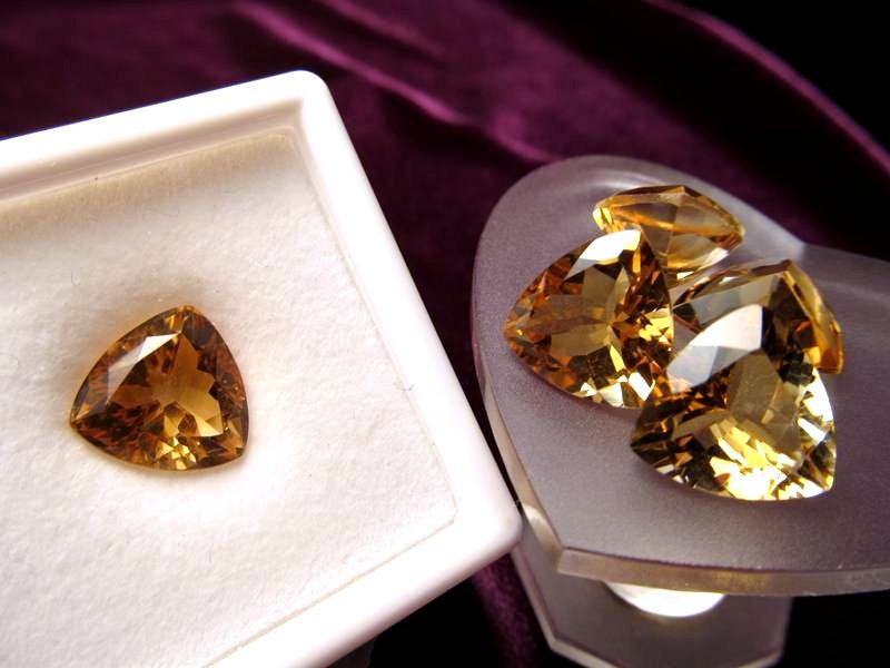 ◆5A・ジェムクォリティー◆1個2500円◆宝石質シトリン ルース【トリリアントカット】◆サイズ:12mm 厚み6.5mm◆