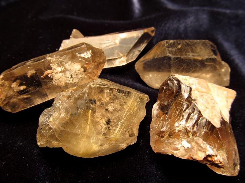 ルチルクォーツ原石