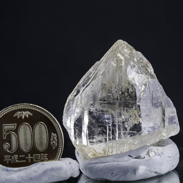 ヒマラヤ水晶 ラパ産水晶ポイント カテドラル レインボー ガネーシュヒマールhgr-10