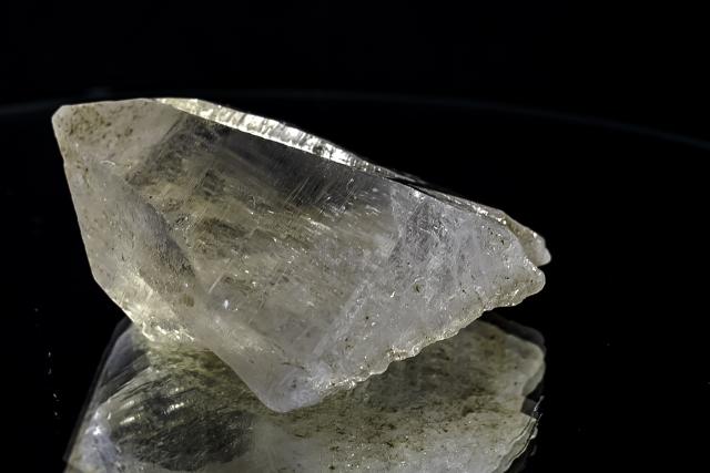ヒマラヤ水晶 ラパ産水晶ポイント ガネーシュヒマール レコードキーパーhgr-16