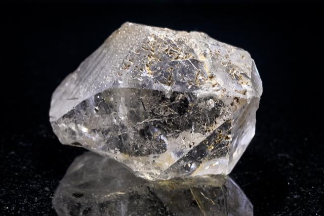 ヒマラヤ水晶 ラパ産水晶ポイント ガネーシュヒマール ゴールデンヒーラー・レコードキーパークオーツ