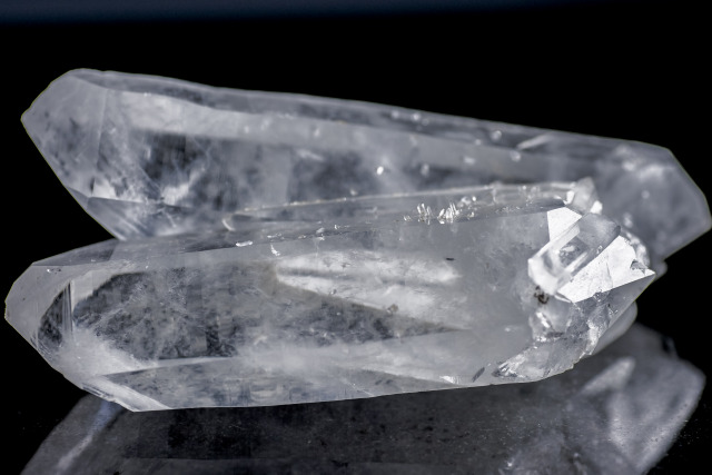 ヒマラヤ水晶 マカルー産ダブルポイントツイン (希少)hmk-1