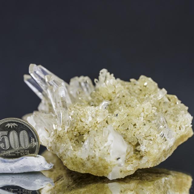 ヒマラヤ水晶 マカルー産クラスター ゴールデンヒーラーhmkc-1