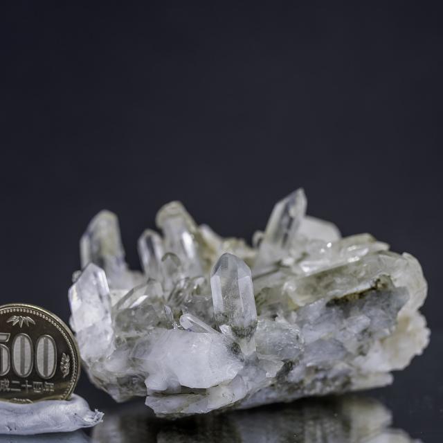 ヒマラヤ水晶 タプリジュン産水晶クラスター カンチェンジュンガ htjc-8