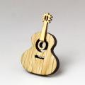 木彫ブローチ クラシックギター guitar 音楽雑貨 音楽グッズ 音楽小物