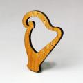 木彫ブローチ ハープ harp 音楽雑貨 音楽グッズ 音楽小物