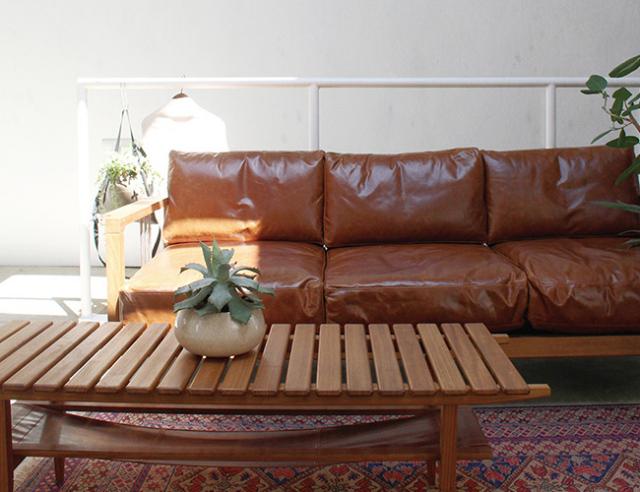 a. depeche アデペシュ Mnol slat coffee table camel oil leather ムノル スラット コーヒー テーブル キャメル オイル レザー