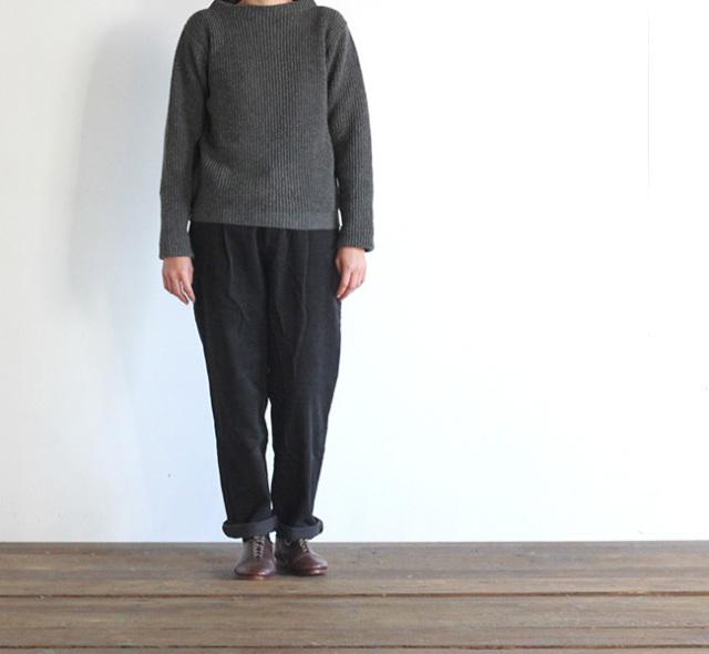 evam eva  エヴァムエヴァ corduroy tuck straight pants