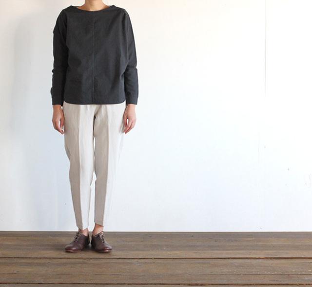 evam eva  エヴァムエヴァ cotton linen twill easy pants