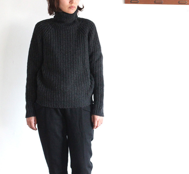 evam eva  エヴァムエヴァ roving wool turtleneck pullover