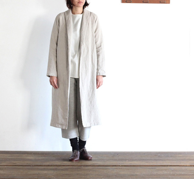 evam eva  エヴァムエヴァ raising linen robe