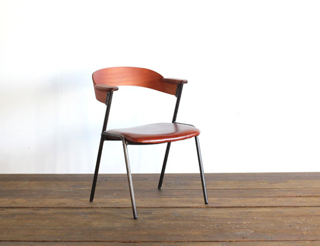 a. depeche アデペシュ danis short arm chair by Mnol camel oil leather ダニスショートアームチェア バイ ムノル キャメル オイル レザー