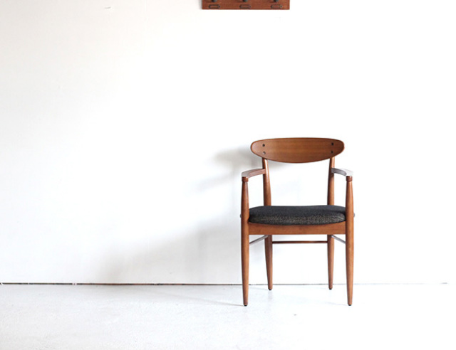 ACME FURNITURE アクメファニチャー TRESTLES ARM CHAIR トラッセルアームチェア