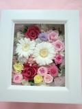 プリザーブドフラワーギフト 母に日 両親贈呈 開店祝い 退職祝いにフレームアレンジ  ピンクのバラに白いガーベラ