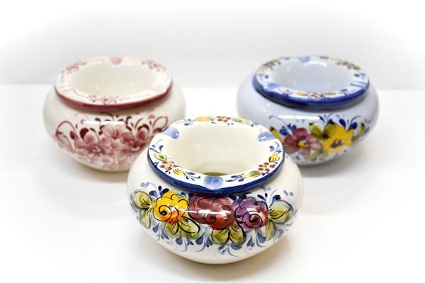 ポルトガル製 陶器 フタ付 灰皿フラワー ラウンドタイプ
