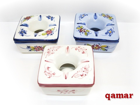 ポルトガル製 陶器 フタ付 灰皿フラワー スクエアタイプ