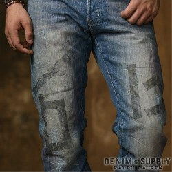 �ǥ˥�&���ץ饤��Denim & Supply : Straight-Fit Desert Wash Jean