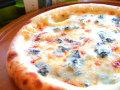 ピザ ゴルゴンゾーラのクリームソース