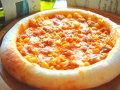 ピザ ツナとコーンのトマトソース