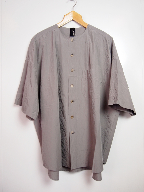 〇[送料無料]FORME D' EXPRESSION/OVERSIZED 1/2 SLEEVED SHIRT.  [41-181-0001]