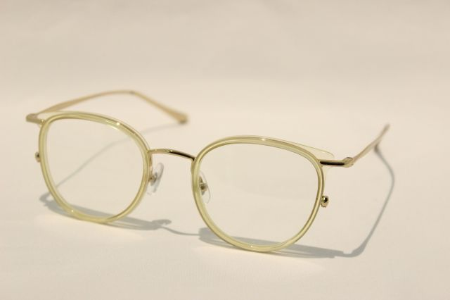 【送料無料】NEW.  ROY  C4 (Clear Yellow  )