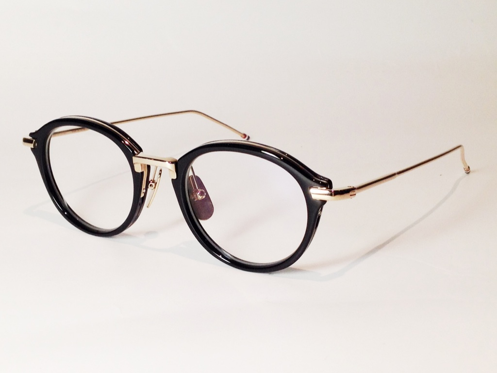 THOM BROWNE(トム ブラウン) TB-011A-46 ( BLACK/SHINY 12K GOLD BRIDGE & TEMPLES / CLEAR LENS)