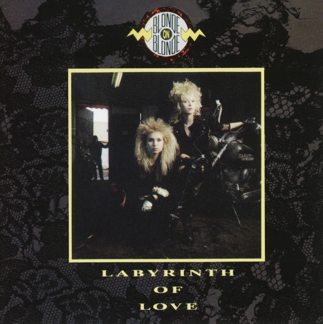 BLONDE ON BLONDE (Norway) / Labyrinth Of Love + 1