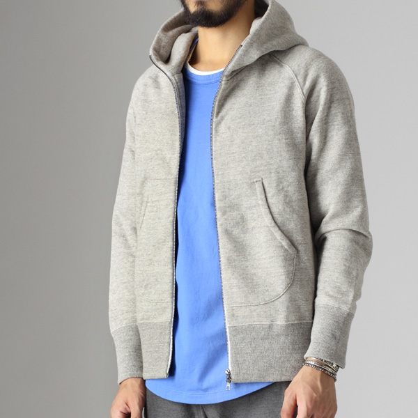 curly,raffy zip parka