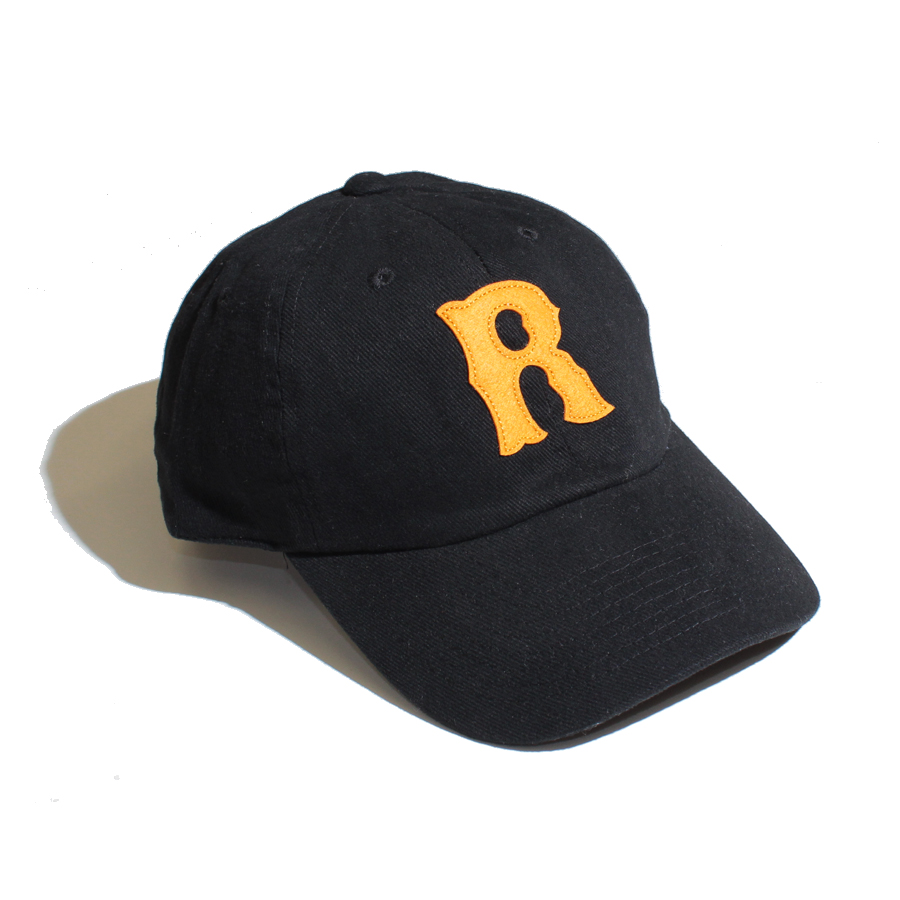 R Applique Brushed Twill cap