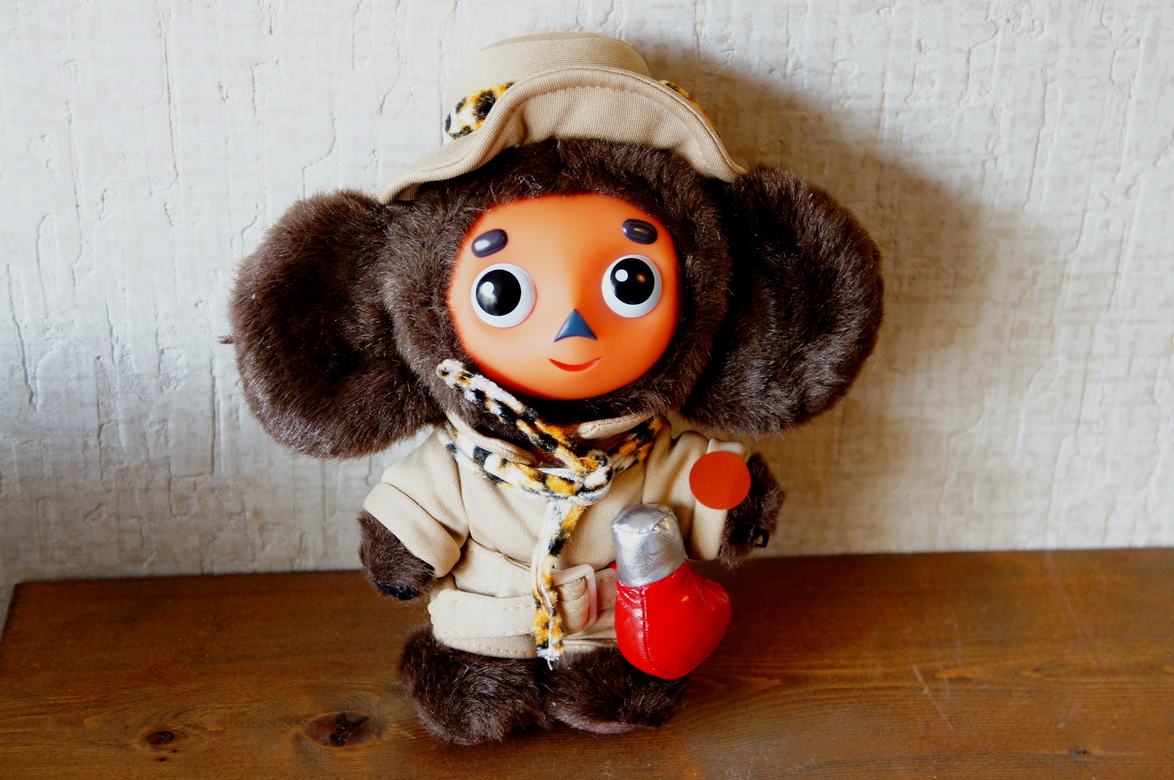 ロシア語おしゃべり チェブラーシカぬいぐるみ(M) 探検家