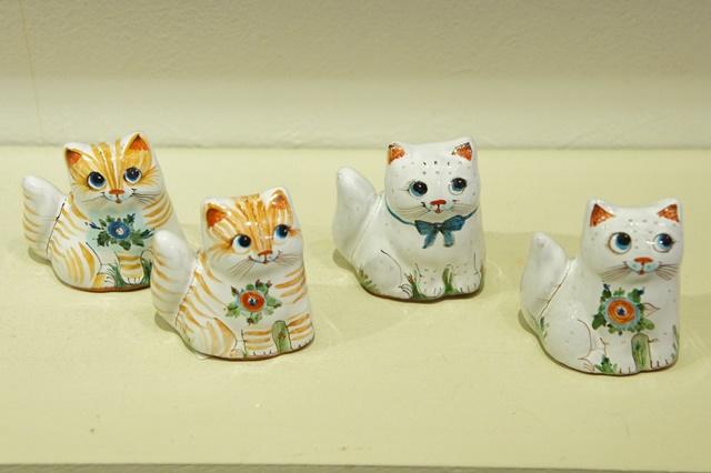 ヤロスラヴリ陶器 かわいいネコちゃん人形 2種類 /4.5cm